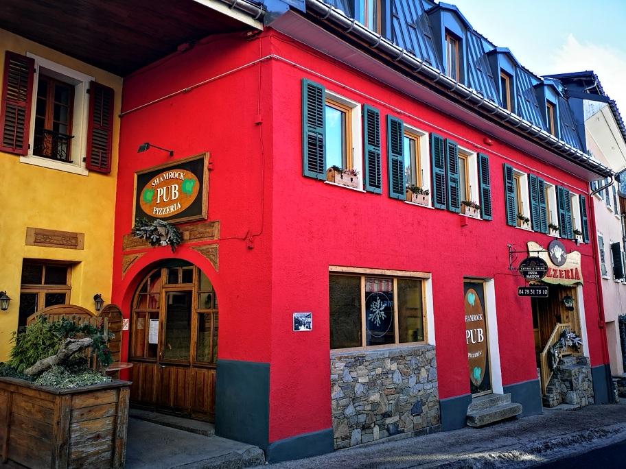 Shamrock Pub pizzeria
